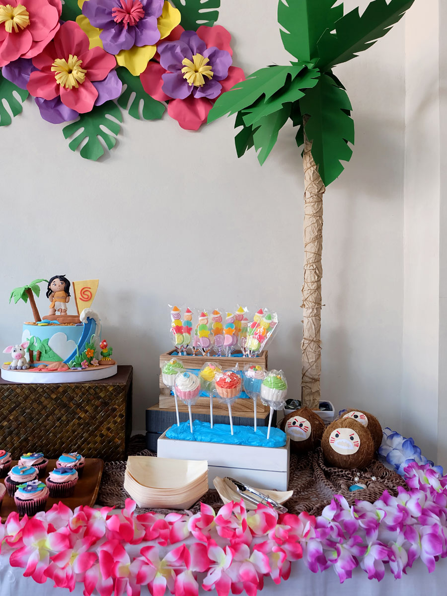 Moana Party Ideas: Dessert Buffet