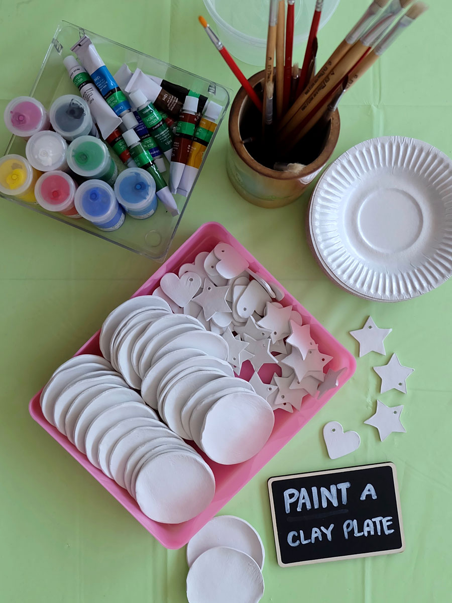 Moana Party Crafts: Paint a Clay Plate