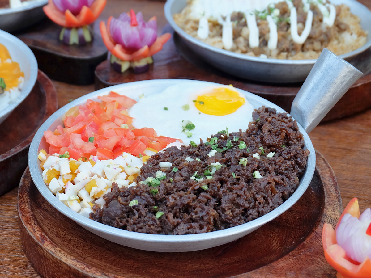 Hoops and Noms: Taft Food by the Court. Tapaleng by Filipino Kuxina Fusion